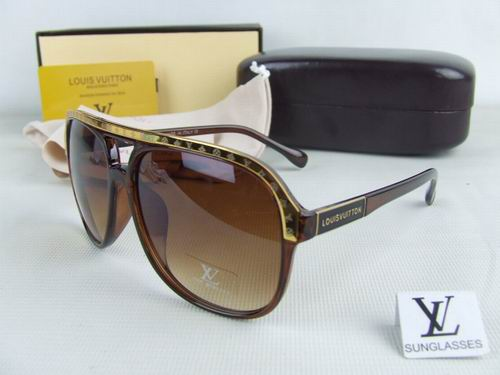 Louis Vuitton sunglasses-LV109806D