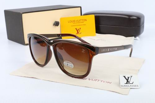Louis Vuitton sunglasses-LV115620D