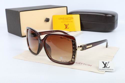 Louis Vuitton sunglasses-LV115623D