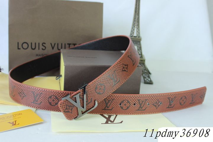 Louis Vuitton belts-LV36908E