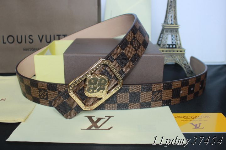 Louis Vuitton belts-LV37454E