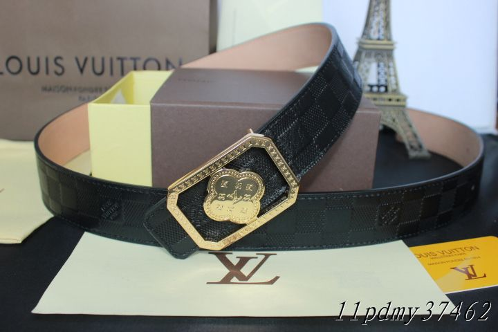 Louis Vuitton belts-LV37462E