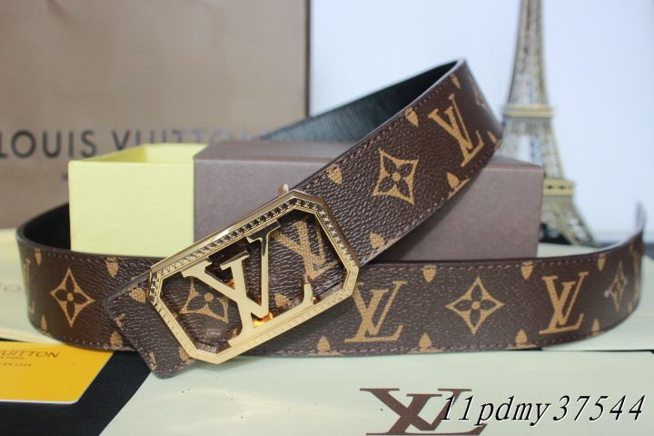 Louis Vuitton belts-LV37544E