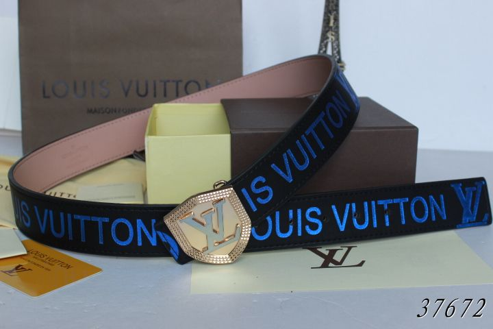 Louis Vuitton belts-LV37672E