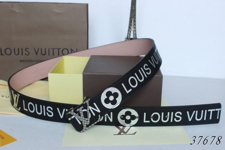 Louis Vuitton belts-LV37678E