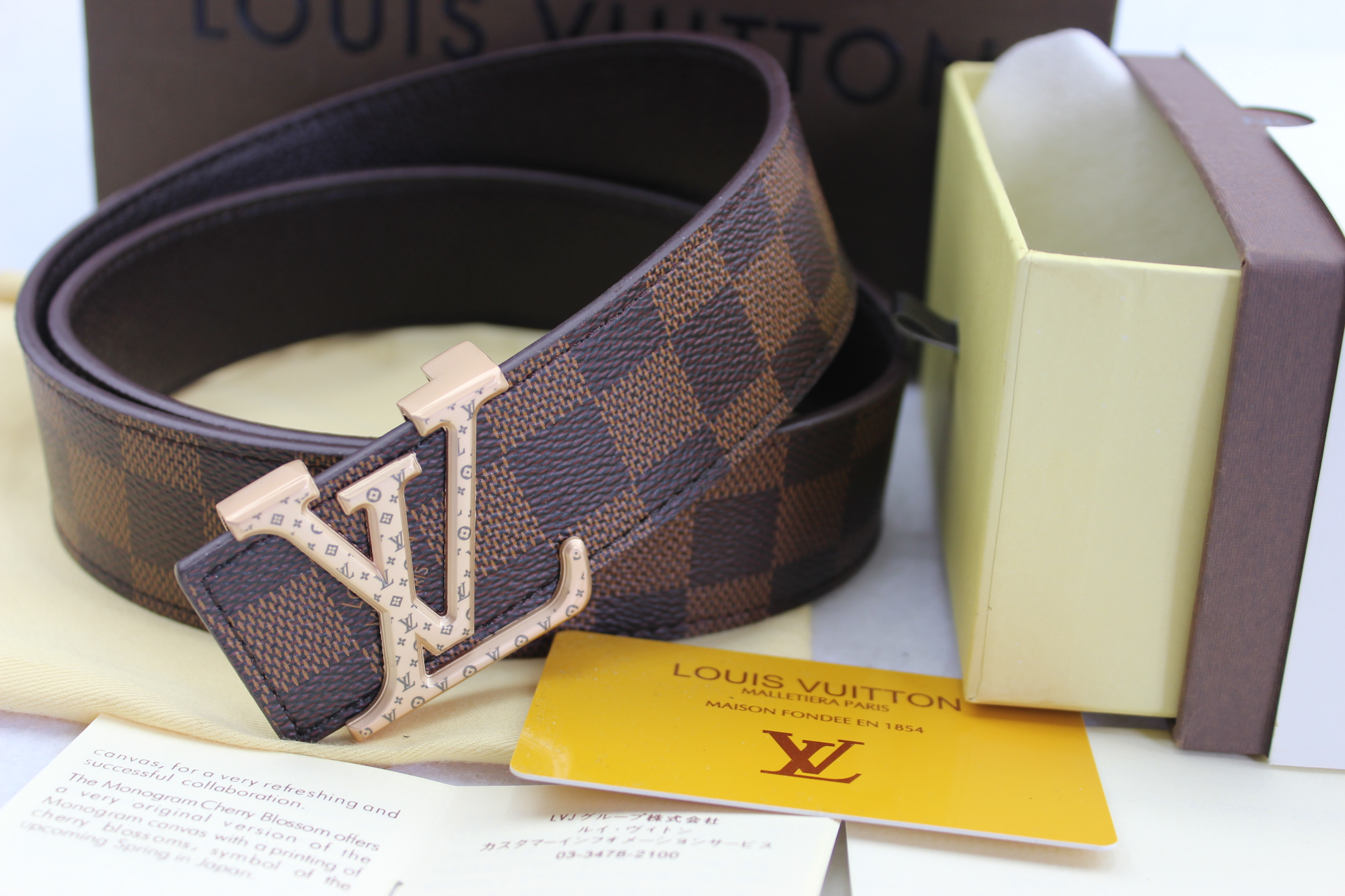 Louis Vuitton belts-LV40733E